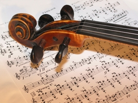 break | violin snail on music sheet | iolin,instrument,music,rehershal,break,violin maker,string instrument,string,wood,brown,sound,old,craft,art,play,enjoy,concert,musician,orchestra,solo,soloist,listen,work,classic,classical,snail,strings,loud,music sheet,tune