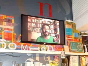 Gustavo Valle durante el evento, vía Skype